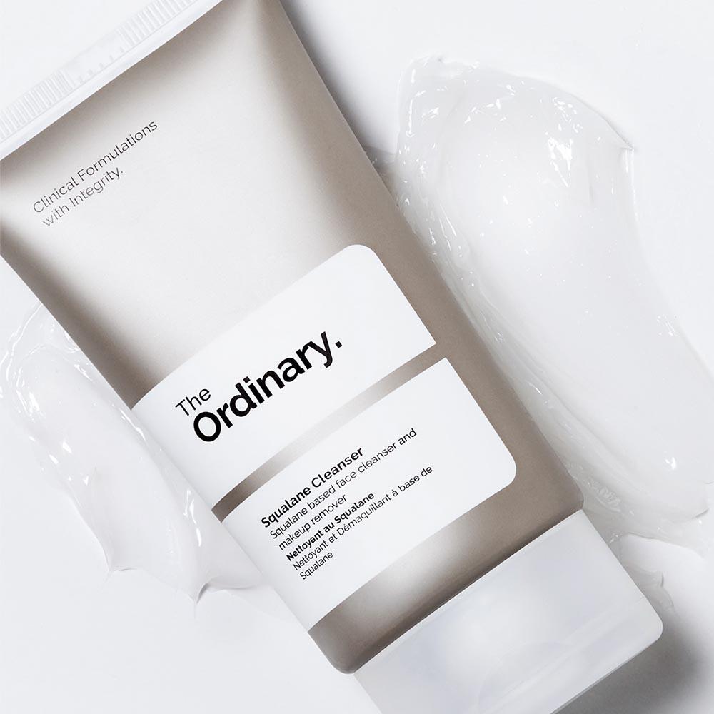 The Ordinary c'est la marque aux ingrédients actifs et à petit prix. La marque étoffe sa gamme de produits, avec son tout premier nettoyant doux pour le visage. - Myngled